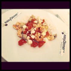Gambas en Vino con Tomates y Feta