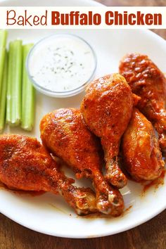Drumstick Recipes Oven, Easy Oven Recipes, Juicy Baked Chicken, Baked Chicken Drumsticks, Buffalo Drumsticks Recipe, Buffalo Chicken Recipes, Oven Chicken Recipes, Healthy Food Blogs, Good Healthy Recipes