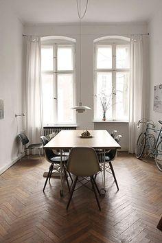Sillas Eames + Plywood