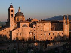 My city: Urbino. Le Vatican, Villa Romaine, Rome, Saint Jean Baptiste, Italy Magazine, Site Archéologique, Best Of Italy, Belle Villa, Le Palais