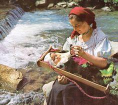 Romanian folk traditional clothing Part 2 History Of Romania, Romanian People, City People, Folk Clothing, Still In Love, Folk Fashion, Aesthetic Images, Folk Costume, Historical Costume