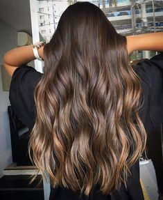 wavy hairstyle ideas // brown hair dye ideas Brown Hair Balayage, Hair Color Balayage, Hair Highlights, White Blonde Hair, Brunette Hair, Aesthetic Hair, Brown Hair Colors, Dyed Hair, Hair Inspiration
