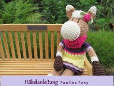 Ausführliche und gut bebilderte *Häkelanleitung* für Paulina Pony.  Ihr benötigt Kenntnisse in Kettmaschen, festen Maschen, halben Stäbchen, Häkeln in Reihen und Runden, Zunahmen und Abnahmen und...