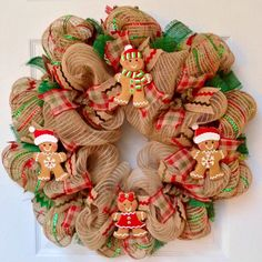 Gingerbread Men Cookies Christmas Wreath Handmade Deco Me. Handmade Ornaments, Handmade Christmas, Christmas Crafts, Christmas Decorations, Christmas Cookies, Gingerbread Man Decorations, Homemade Decorations, Christmas Christmas, Christmas Mesh Wreaths