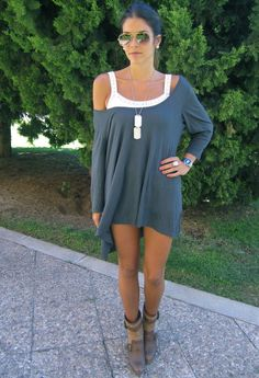 http://chicisimo.es/outfit/oversized-tunic-sorteo-en-mi-blog/