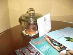 biscotti e biglietto di benvenuto