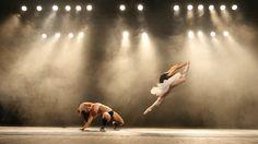 Ballet versus Twerk in National Theatre Brno