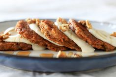 carrot cake pancakes, lime cashew cream -BEAUTIFUL site. great clean recipes.