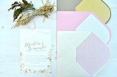 "Invitaciones de boda ""Caledonia"" ~ Aticom. #wedding #weddinginvitations #invitacionesdeboda #boda #vintage #flores #flowers #invitacionboda #caledonia"