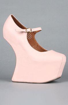 heel-less high heel