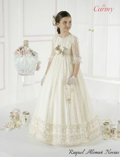 First Communion Dresses, Baptism Dress, Little Dresses, Cute Dresses, Young Fashion, Kids Fashion, Miniature Bride Dress, Fashion Wear, Fashion Dresses