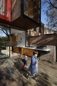 Moor Street Reseidence / Andrew Maynard Architects /// In and Out kitchen ///