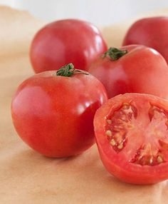 Arkansas Traveler Heirloom Tomato matures 75 dys.  Heat tolerant.  Flavorful, medium sized, crack resistant fruit.  From Bonnie plants.  Seeds and plants available from http://www.henryfields.com/product/Arkansas_Traveler_Heirloom_Tomato