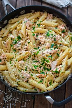 This simple and elegant Creamy Salmon Penne makes a quick and filling dinner that your family will love! This simple and elegant Creamy Salmon Penne makes a quick and filling dinner that your family will love! Salmon Pasta Recipes, Creamy Salmon Pasta, Chicken Pasta Recipes, Salad Recipes, Salmon Dishes, Cake Recipes, Superfood Recipes, Vegetarian Recipes, Healthy Recipes
