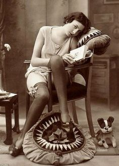 A hint of skin: Whereas this photo ¿ taken somewhere in the west around 1920 ¿ was labeled as erotica