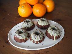 Sweet World by Barush: Čokoládové mini bábovičky s banánem a bílou čokoládou Muffin, Breakfast, Mini, Sweet, Food, Morning Coffee, Candy, Essen, Muffins
