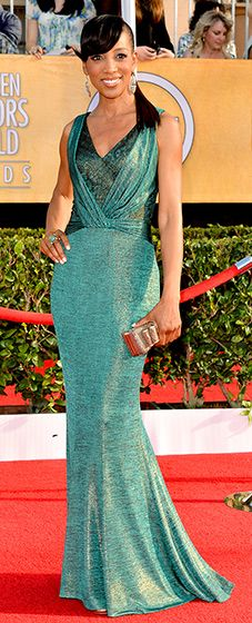 Shaun Robinson: 2014 SAG Awards  The Access Hollywood host looked hot in a fun green gown.