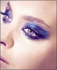 blu-glitter-makeup via http://www.allurabeauty.com/2012/potw-glitter-eyes/