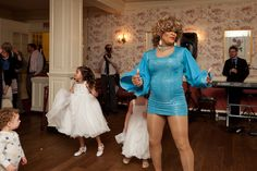 Tina Turner Drag Queen surprise performance! | Kim & Ryan's Offbeat, DC-themed wedding at the Mt. Vernon Inn | Images: The Girl Tyler