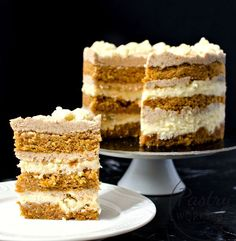 This Momofuku Carrot Cake is THE carrot cake with its moist and fragrant sponge cake and amazing layered cream inside. A bite and you're hooked!