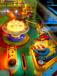 1970s Jumping Jack PINBALL MACHINE Zerns Flea Market ARCADE Vintage Game A by Christian Montone, via Flickr
