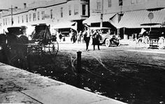 This early-1920s photo shows a view of Milwaukee Avenue north of Cook Avenue. Original photo courtesy of the Libertyville-Mundelein Historical Society.