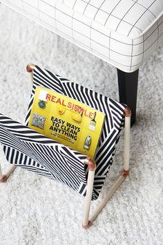 DIY: een simpele tijdschriftenhouder (geen naaimachine nodig!) - Roomed