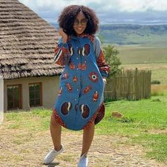 Looking for modern ankara styles to sew for your events? We have 30 latest Ankara style designs people are loving at this time you can look at. Short African Dresses, Ankara Short Gown Styles, African Inspired Fashion, Latest African Fashion Dresses, African Print Fashion, Africa Fashion, Nigerian Ankara Styles, African Shirt Dress, Short Gowns