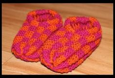 Love the colors! Slippers, Socks, Comfy, Love, Knitting, Colors, Crochet, Facebook, Patterns