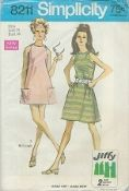 An original ca. 1969 Simplicity Pattern 8211.  Simple-To-Sew Miss Petites' and Misses' Jiffy Dress in Two Lengths: T he loosely fitted A-line dress buttoned at shoulders features deep armholes. Regular length View 1 is worn with purchased belt. Mini length View 2 has patch pockets and scallop trim.