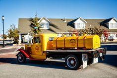 Shell Gas Station, Vintage Trucks, Semi Trucks, Pickup Trucks, Cuba, Trailers, Shells, Vehicles, Photography