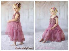 Vintage Pink Lace Girls DRESS Ruffle dress por MaMaLoNicouture