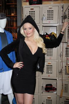 Holly Madison launches new clothing line