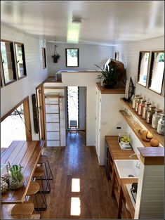 We absolutely love this tiny house design! What do you think? Tag a fellow tiny … We absolutely love this tiny house design!✨ What do you think? Tag a fellow tiny house lover! Modern Tiny House, Tiny House Cabin, Tiny House Living, Tiny House Plans, Tiny House On Wheels, Tiny House Design, Cabin Homes, Modern Houses, Tiny House With Loft