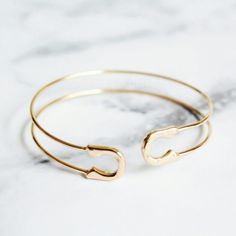Spotted while shopping on Poshmark: Jewelry | Gold delicate safety pin bracelet…