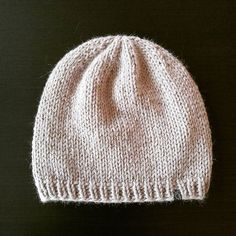 *kuscheliges für kalte Tage* ❇✴❇ #lumihood #diy #loveknitting #alpaca #merino #wool #stricken #wolle #alpaka #knit #knitting #haube #beanie #mütze #hood knit@lumiqi.com Love Knitting, Alpaca, Dory, Knitted Hats, Hoods, Photo And Video, Instagram, Fashion, Beanies