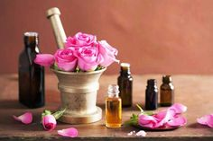 True speaks for itself It does not require to be pointed out by the bearer. Anti Aging Creme, Rose Essential Oil, Oil Benefits, Home Fragrances, Better Life, Incense, Skin Care, Piel Natural, Wicca