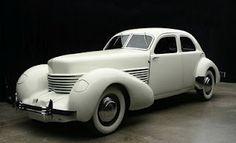 Cord 812 (1937, USA)