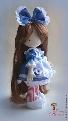 ''Olesya in Wonderland''. (By Elena Sokolkova). Soul of a rag doll. Pretty Dolls, Beautiful Dolls, Doll Toys, Baby Dolls, Sewing Dolls, Doll Tutorial, Little Doll, Doll Maker, Cute Toys