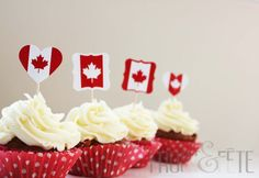 Canada Day cupcake toppers by Frost and Fete on Etsy Canada Day Crafts, Canada Day Party, Caramel, Sandwich Trays, Canada Holiday, White Cupcakes, Happy Canada Day, July 1, Cupcake Toppers
