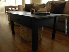 Ana White – Woodworking Projects and DIY Furniture Plans Diy Furniture Projects, Diy Furniture Plans, Farmhouse Furniture, Easy Diy Projects, White Furniture, Unique Furniture, Wood Projects, Simple Coffee Table, Coffee Table Plans
