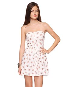 Sweetheart Floral Dress... for my sisters graduation?