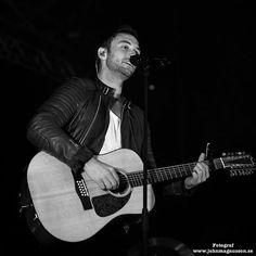 Fantastic pic! ❤  Photo: John Magnusson  @warnermusicswe @manszelmerlow - #månszelmerlöw #månsters #manszelmerlow #concert #ViÄlskarMåns #guitar #sellmorelove #beautiful #singer #music #Månsito #heroesspain #guitarra #pollitowemissyou #МыЛюбимМонса #sexy #style #love #thebest #morenasso #WirLiebenMåns #manszelmerlöw #cute #TeQueremosMåns #sexy #sonrisa #månsitas #ojazos #manstour2016 #weneedmoredates
