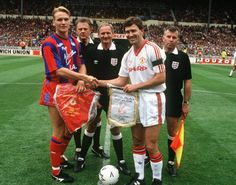 How the 1990 FA Cup changed Crystal Palace, Manchester United and Liverpool Manchester United, Bryan Robson, Crystal Palace Fc, Fa Cup Final, Croydon, Finals, The Unit, Football, American Football