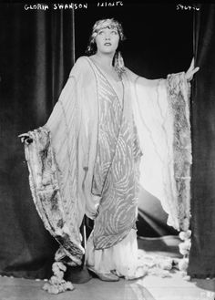 4 evening dresses of the 1920s
