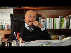 Il Dottor Umberto Veronesi, da poco scomparso, è stato da sempre interessato all'argomento tumori, essendo egli stesso un oncologo di fama mondiale