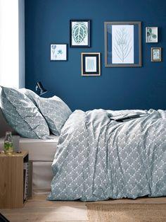id es de couleur de peinture bleu vert et d coration murale dans la chambre id es d co. Black Bedroom Furniture Sets. Home Design Ideas