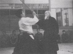 "Kenji Shimizu and Morihei Ueshiba around 1965-1966. From the blog post ""Interview with Aikido Shihan Kenji Shimizu - Part 2"": http://www.aikidosangenkai.org/blog/interview-aikido-shihan-kenji-shimizu-part-2/ Master Self-Defense to Protect Yourself"