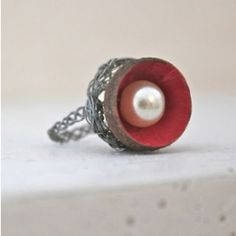 When you find an acorn, turn it into this beautiful ring!    I really like this because I always see acorns at school.