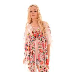 Did we mention the festival look is massive this year? If you don't know now you know! Also if you're going to bestival this year its the summer of love theme! get this Floral inspired Kimono online now and make sure to get your best Janis Joplin get up sorted!! have a great weekend Love J x #jayley #kimono #bestival #fashion #women #silk #design #dazedandconfused #floral #summer